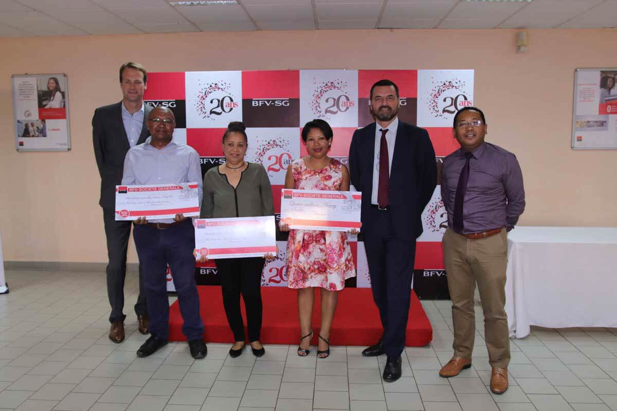 Carte Visa Bfv Madagascar.Promouvoir L Utilisation De La Carte De Paiement A